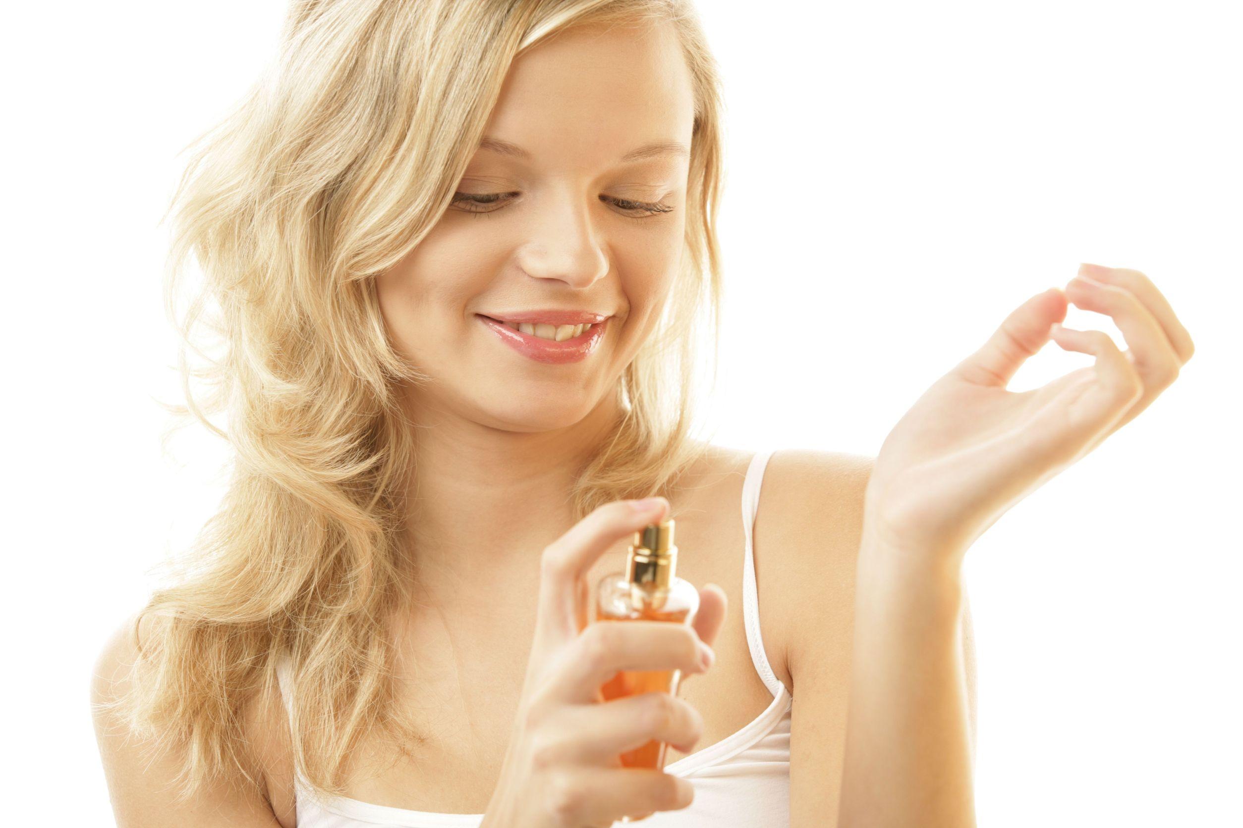 como-aplicar-perfume